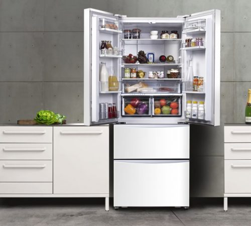 Hoover-fridge-freezer-lifestyle-812x634
